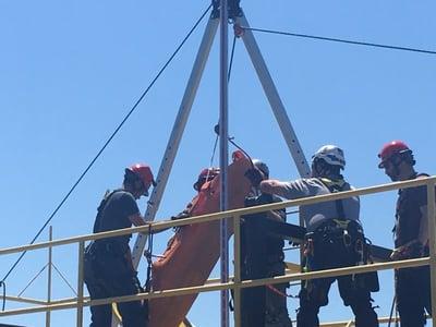 Roco Rescue | Vertical Sked litter raise with CMC Triskelion tripod