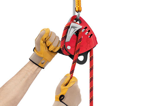 Petzl Maestro friction control and ergonomic handle