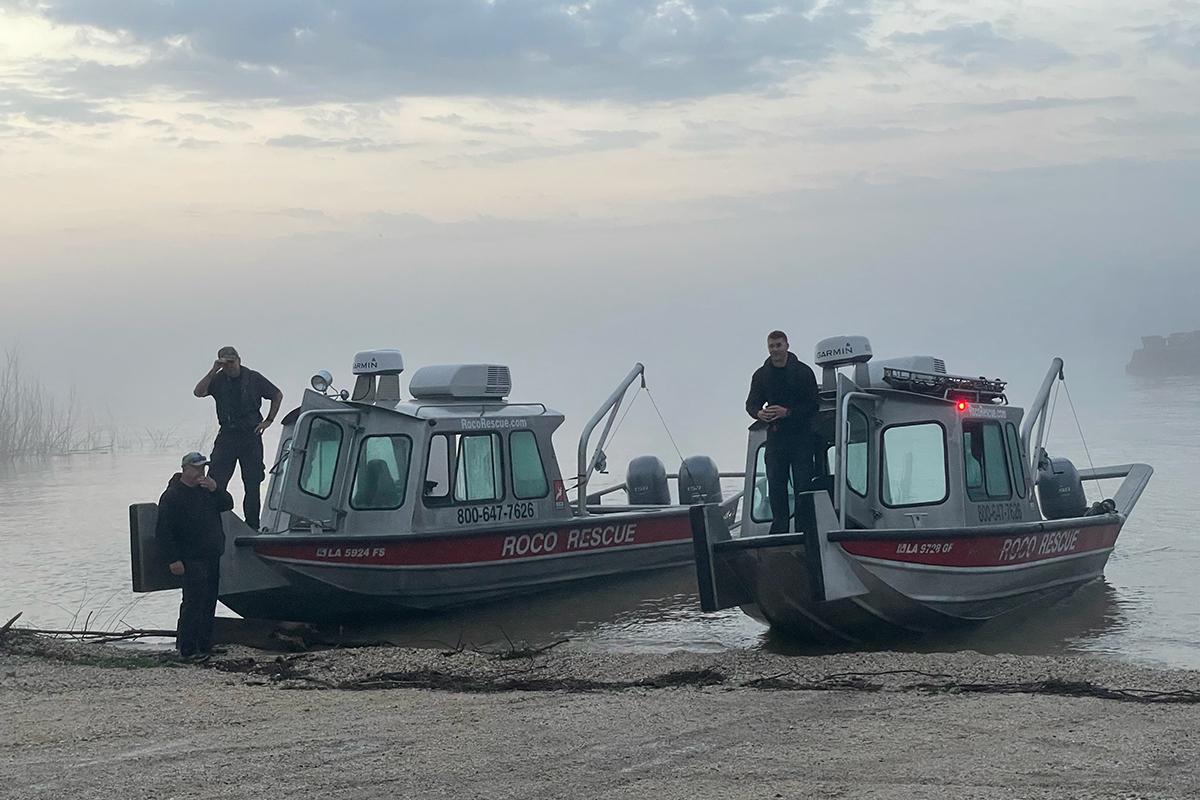 Roco Rescue Marine Standby Rescuers-1
